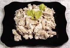 Salata de pui cu ciuperci si maioneza Feta, Cauliflower, Cheese, Vegetables, Kitchens, Cauliflowers, Vegetable Recipes, Cucumber, Veggies