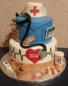 Nurse Graduation Cake - Cake by Tracy's Custom Cakery LLC