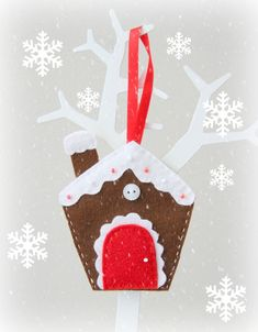 15 Gingerbread Houses to Make with Kids - Planet Smarty Pants