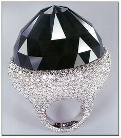 Spirit of de Grisogono Diamond - Mogul cut, 312 carats (62.4 g), the world's largest cut black diamond.