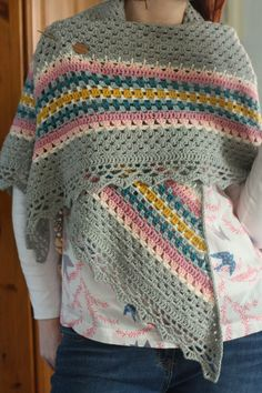 Oh my. Cherry Heart shares so many amazing pics of this crocheted shawl. I'm just in love! The colours!! This was made using the Nordic Shawl Pattern from MyRose Valley.