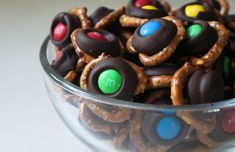 How to Make Chocolate Pretzel Bites - The irresistible combination of chocolate and pretzels has never been easier to create.
