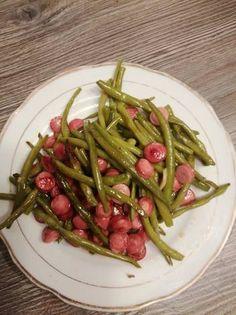 Fokhagymás zöldbab köret Asparagus, Green Beans, Vegetables, Food, Red Peppers, Studs, Essen, Vegetable Recipes, Meals