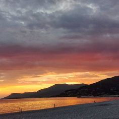 """""""If you can dream it you can do it""""  #nofilter#ventimiglia#italy#sunset#overthesea#sea#beach#beautiful#sky#autumn#like4like#landscape#view"""