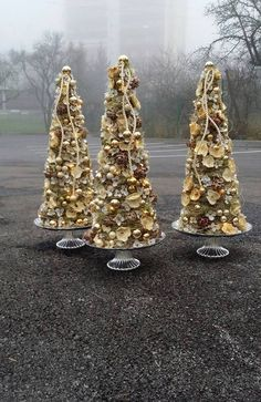 Christmas trees done somewhat differently, a submission by Slovak florist Tomáš Havala