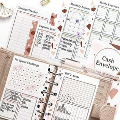 Ready for some new Finance Planners? 😍💕 Swipe to see all Recipe Codes! If you already are subscribed to Planify Pro, just type in the codes and it will generate you that planner. Also, thank you @planningandbudgeting for requesting the pocket cash envelopes 🥰🙌 . . Please DM us for any questions 🥰 Have fun, explore and happy planifying!! ✨ #Regram via @CNNis2vp8sf Planner Layout, Planner Ideas, No Spend Challenge, Budget Binder, Cash Envelopes, News Finance, Allrecipes, Planners, Budgeting