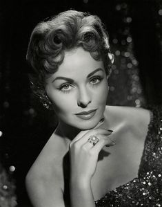 Jeanne Crain by Wallace Seawell, Best Hollywood Actress, Hollywood Icons, Hollywood Fashion, Vintage Hollywood, Hollywood Glamour, Hollywood Stars, Hollywood Actresses, Classic Hollywood, Glamour Ladies