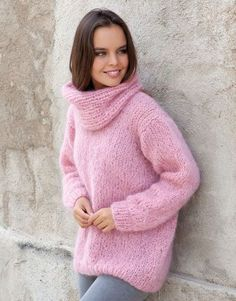 Free Knitting Pattern for a Chunky Oversized Turtleneck Sweater Free Knitting Pattern for a Chunky Oversized Turtleneck SweaterFree Knitting Pattern for a Chunky Oversized Turtleneck SweaterFree Knitting Warm Sweaters, Sweaters For Women, Laine Katia, Pull Mohair, Pull Rose, Make Your Own Clothes, Crochet Wool, Sweater Knitting Patterns, Knitting Sweaters
