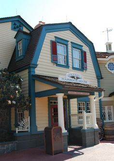 Columbia Harbour House at Magic Kingdom, Liberty Sq. Healthier menu, lunch/dinner. Quick Service restaurant ($15 & under) Find a table upstairs where it's much more quiet