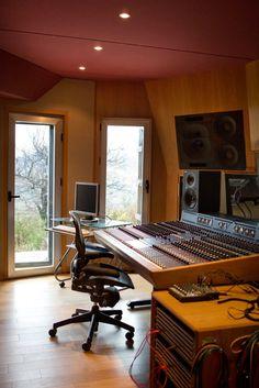 The TL Audio desk in the control room at El Mirador recording studio http://www.miloco.co.uk/studios/el-mirador/equipment/