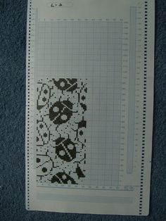 Сделать на 24 петли? Knitting Machine Patterns, Knitting Charts, Knitting Stitches, Knitting Designs, Knit Socks, Knitting Socks, Hand Knitting, Fair Isle Pattern, Shibori