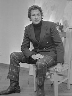 Robert Rauschenberg (1968) - Robert Rauschenberg - Wikipedia