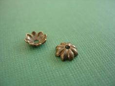 2 pieces vintaj brass daisy bead cap 6mm by desertdatura on Etsy (Craft Supplies & Tools, Jewelry & Beading Supplies, Findings & Hardware, Bead Caps & Cones, bead cap, vinatj brass, 6 mm, daisy, raw natural, vintaj bead cap, brass bead cap, daisy bead cap, vinatj daisy, brass daisy)