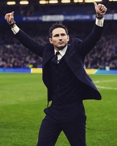 "82 Likes, 2 Comments - Fanpage Of Frank Lampard ⚽️ (@franklampardfans8) on Instagram: ""Super Frank on being Chelsea manager: ""I don't know. Chelsea are helping me now with my badges and…"""