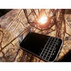 #inst10 #ReGram @rollingpin_director_business: #블랙베리클래식 . . ㅡ 오직 너의 활동만이 너의 가치를 판단하고 결정한다. - 피히테 (fichte)  ㅡ . . #좋은글 #좋은글귀 #명언 #짧은글 #짧은글귀 #가치명언 #글스타그램 #명언스타그램 #명언그램 #goldensaying #goldensayings #quotes #blackberry #blackberryclassic #블랙베리 #피히테 #피히테명언 #fichte #fichtequote #fichtequotes #rollingpin #롤링핀 #글귀스타그램 #BlackBerryClubs #BlackBerryPhotos