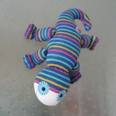 Odd Sock Gecko ( will stick to glass) - Folksy.Starcross Crafts.£4.50