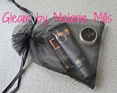 Gleam by Melanie Mills Body Radiance, Radiant Dust and Lip Radiance #review and #swatches  #Gleam  #gleamgirl  #gleamalicious  #iamgleam   #beauty