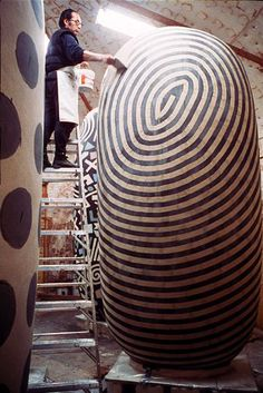 ● Jun Kaneko ● Ceramic (The sculptures will dry for a year and then fired for about 3 months in a massive kiln.)