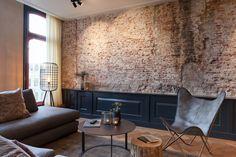 Cris van AmsterdamInterieurarchitect Cris van Amsterdam werd meer dan twee jaar geleden gevraagd om negen appartementen te ontwerpen en te realiseren in 3 oude historische panden in het centrum