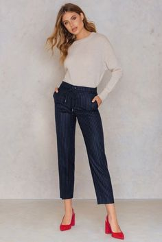 Gabe Cropped Pant - Buy online | NA-KD