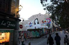 """#workinprogress """"Socialmente iguales, humanamente diferentes, totalmente libres"""" El mural de """"El Rey de la Ruina #StreetArt #ArteUrbano #Lavapiés #Madrid #Arterecord 2015 https://twitter.com/arterecord"""
