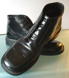 Kenneth Cole Reaction Made in Italy Short Black Boots Size 10.5M by EurotrashItaly on Etsy