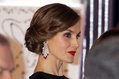 La reina Letizia vuelve a sorprender con su 'look'