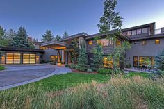 View 22 photos of this $6,950,000, 7 bed, 7.0 bath, 10341 sqft single family home located at 1334 Lucky John Dr, Park City, UT 84060 built in 2013. MLS # 1438673.