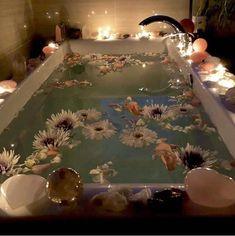 Home Interior Contemporary Entspannendes Bad, Interior Exterior, Interior Design, Spiritual Bath, Decoration Shabby, Design Apartment, Dream Bath, Relaxing Bath, Aesthetic Rooms
