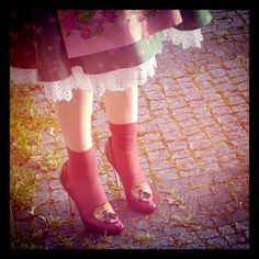 behind the scenes of Dirndl Mag F/W 12 shooting... more on our fb pabe