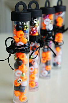 10 DIY Candy-less Halloween Treats Halloween Beads, Halloween Favors, Halloween Candy, Halloween Birthday, Halloween Diy, Holidays Halloween, Halloween Decorations, Halloween Treat Bags, Halloween Goodies