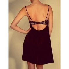 Kurzes Seiden-Unterkleid / Negligé aus Satin Shell Belle Couture
