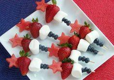 10 Ideas Creativas para Hacer Brochetas con Frutas