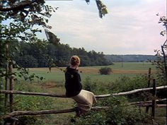 Image discovered by paul simonon. Find images and videos about girl, nature and sky on We Heart It - the app to get lost in what you love. Kreative Portraits, Anne Of Green Gables, Country Life, Mother Nature, Beautiful Places, Scenery, In This Moment, Adventure, Landscape