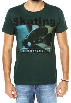 Camiseta FiveBlu Skating Verde - Marca FiveBlu Skateboarding, Shirt Ideas, Stamps, Clothing, Mens Tops, T Shirt, Design, Fashion, October
