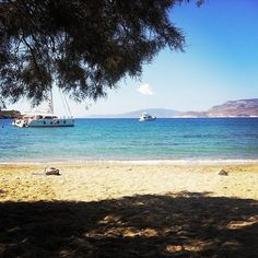 Relaxing on the beach 🏖️ 📍island of schoinoussa (Σχοινούσα)