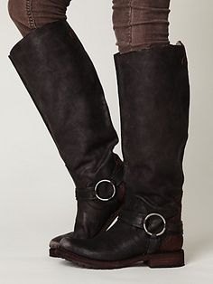 these are the kind of boots I'm looking for...probably have to pay an arm and leg for em
