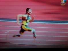 #Disabled double amputee Oscar Pistorius South Africa, advances 400m #2012Olympics #LondonOlympics
