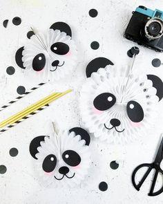 Panda Bear Party Decor - Fox + Hazel Create the cutest paper fans for your panda bear party with these free cut files! Panda Party, Panda Themed Party, Panda Birthday Party, Bear Party, Bear Birthday, Birthday Party Themes, Angry Birds Party, Panda Craft, Panda Bear Crafts