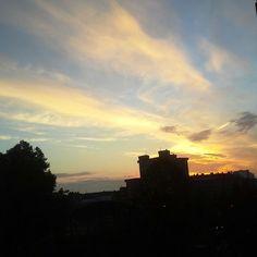 Un amanecer de cierta mañana absurda.