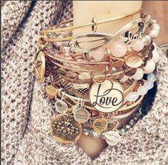 ALEX AND ANI Limited Edition Love Set of 3 | Love Color Infusion bangle | Rose gold shiny finish | Gold Jewelry, Jewelery, Jewelry Accessories, Fine Jewelry, Alex And Ani Bangles, Alex And Ani Jewelry, Fashion Bracelets, Fashion Jewelry, Estilo Disney