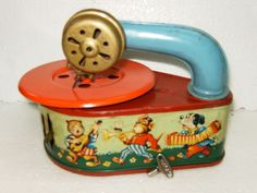 Vintage MIB tin GAMA 54 PIXIE PHONE record player/gramaphone GERMANY 1940/50