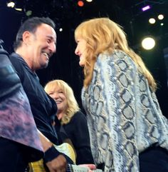 Bruce and Patti during a show at MetLife Stadium in New Jersey, August 2016.