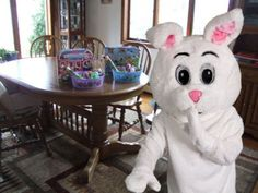 13 Ingenious ways to prove the Easter bunny exists. This is amazing!