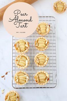 Fall Desserts, Dessert Recipes, Pear And Almond Tart, Mini Tartlets, How To Make Pie, Almond Cream, Sliced Almonds, Pumpkin Spice, Tarts