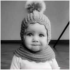 1 - 4 mdr - 8 mdr) 8 - 12 mdr - 24 mdr) 2 - 4 år år) 7 – 10 år Hovedomkreds i cm: Garnforslag: Cool wool big fra Lana Grossa, Ekstra fine merino 120 fra Hjertegarn, merino 120 fra Lang yarn = - 120 m) Garnforbrug: Newborn Crochet, Crochet Baby Hats, Love Crochet, Knit Crochet, Elephant Hat, Crochet Elephant, Baby Knitting Patterns, Baby Patterns, Crochet Patterns