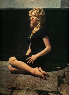 Brigitte Bardot « immortalisée » par les plus grands photographes du monde (Article actualisé le 19 février 2013) Facebook et autres réseaux sociaux mais aussi les blogs permettent parfois de faire des rencontres intéressantes et sympathiques. C'est ainsi...