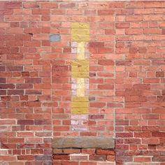 Interesting color combo bricks {: @lymesmithy } http://www.VintageBricks.com