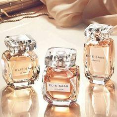 ELIE SAAB newest version Eau de Parfum Intense is A Dream of femininity. Everyone choose ELIE SAAB is to embrace a resplendent visio. Parfum Rose, Beautiful Perfume, Perfume Collection, Smell Good, Perfume Bottles, Musk Perfume, Women, Ellie Saab Perfume, Lotions