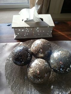 Love it when sun reflects starscape on other furnishings!